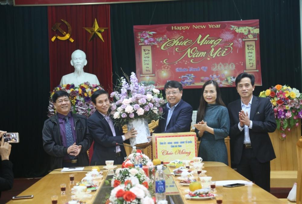 Lãnh đạo tỉnh Hà Tĩnh động viên công tác quyết toán niên độ 2019 tại các Ngân hàng